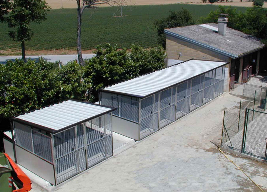 Canili Prefabbricati Box Per Cani Casette Per Cani