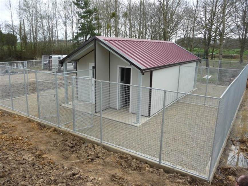 Canili prefabbricati box per cani casette per cani for Box cani prefabbricati prezzi