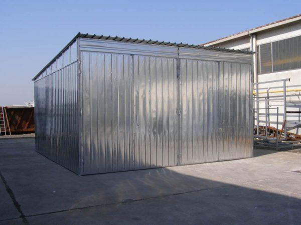 Capannoni industriali in lamiera zincata