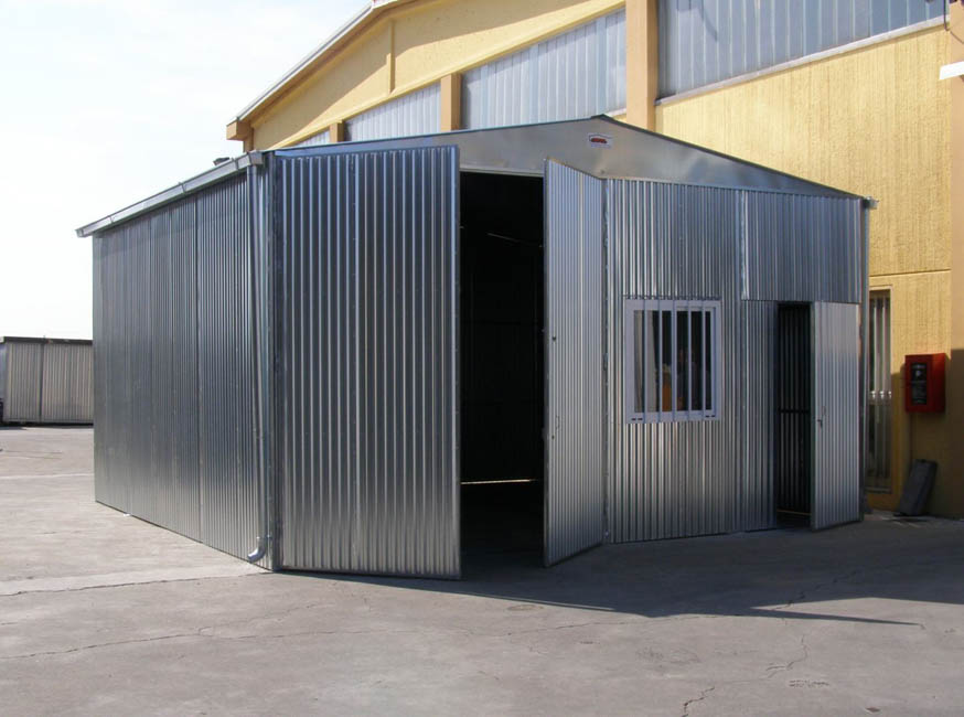 Capannoni industriali in lamiera zincata sapil s r l for Box in lamiera usati